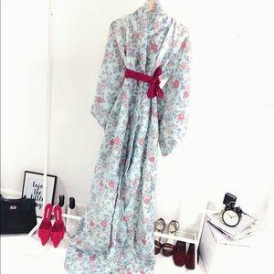 Vintage Cape Silk kimono 1980s  in light blue